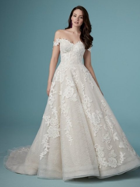 lace ballgown with pockets, Maggie sorters wedding dress